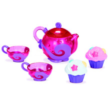 Medium_011688_bath_tea_cupcake_1