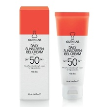 Medium_daily-sunscreen-gel-cream-spf-50-pa-oily-skin-enlarge